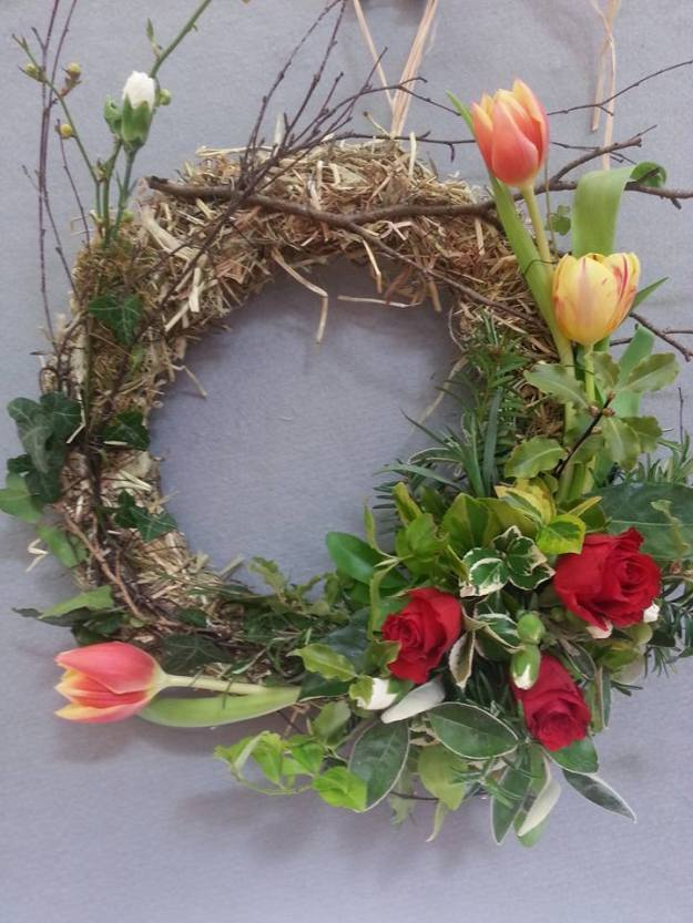 spring wreath - tulips, roses,