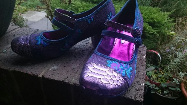 Blue and purple low heel irregular choice mini mod shoes